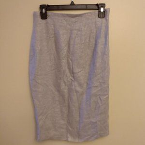4/$20 New Port news silver pencil skirt